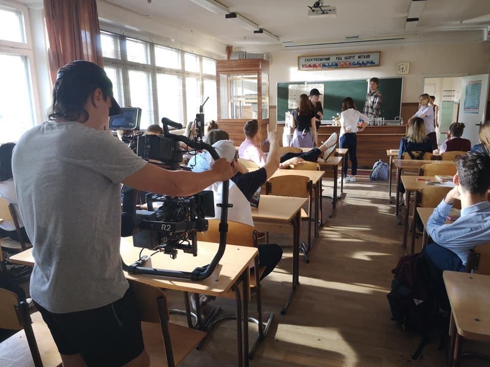 В соцмережах триває обговорення багатосерійного молодіжного трилеру«Перші ластівки» про важкі соціальні реалії / фото Олексія Дударєва