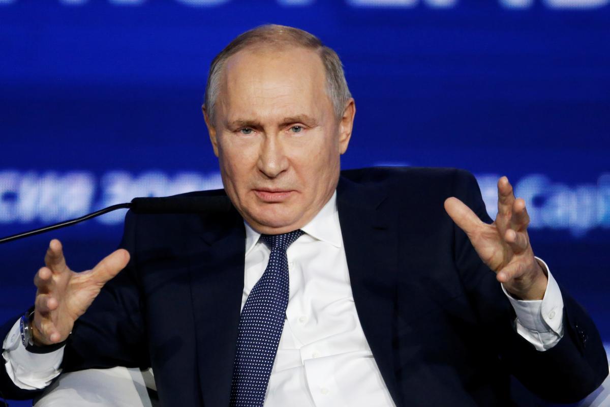"""Путін заявив, що Навальний самостійно прийняв """"Новачок"""" / фото REUTERS"""