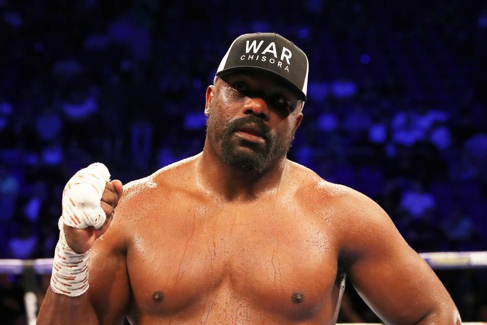Чисора ведет переговоры с командой Усика / фото: BoxingScene
