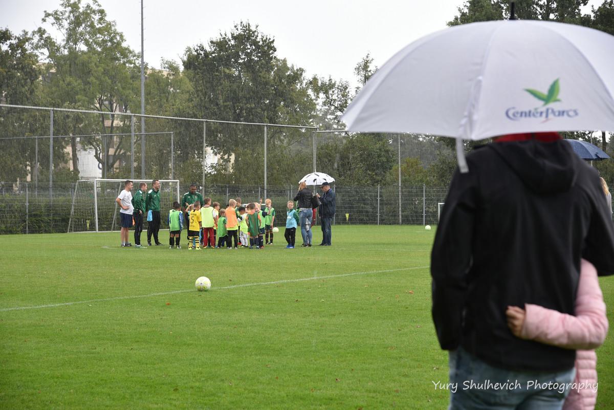 Дітей у Нідерландах загартовують змалечку / фото Yury Shulhevich