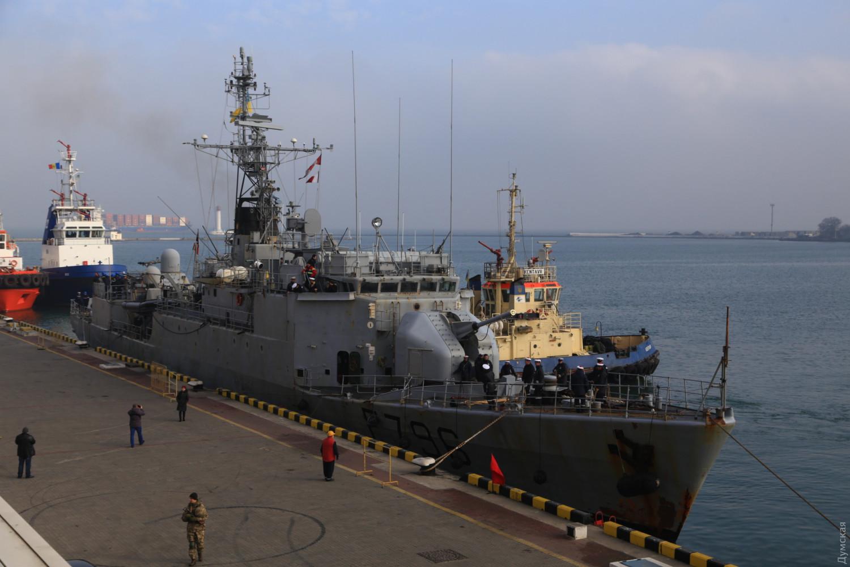 В Одессу прибыл корабль ВМФ Франции / Думская