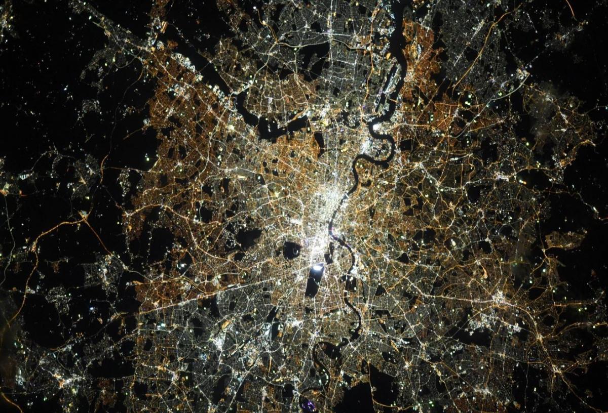 Астронавт NASA сфотографировала Лондон с борта МКС / Twitter/Jessica Meir