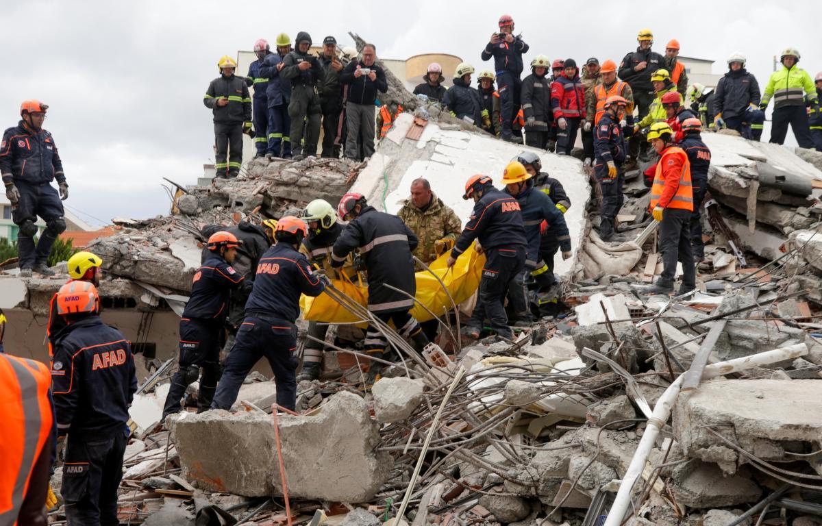 Последствия землетрясения в Албании / REUTERS