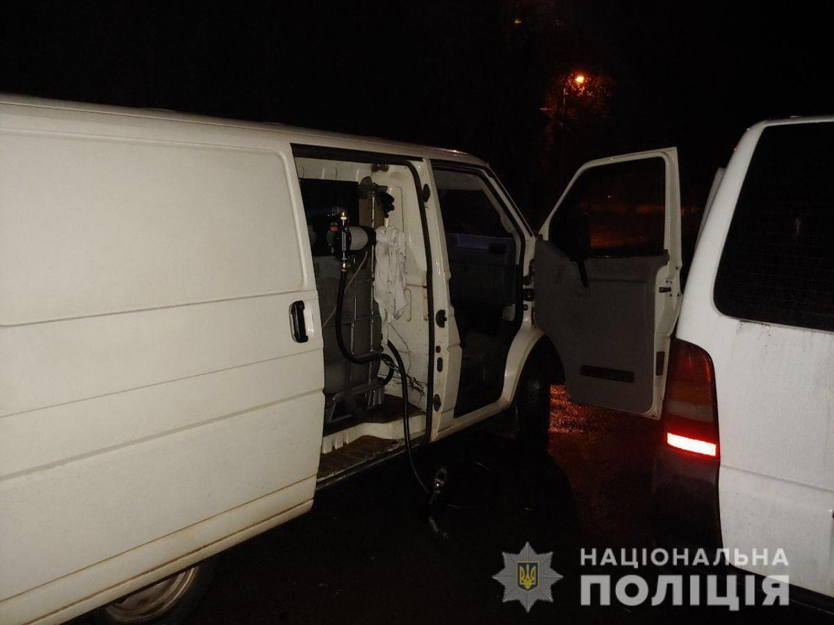 Під час перевірки поліція виявила 1100 літрів палива / dp.npu.gov.ua