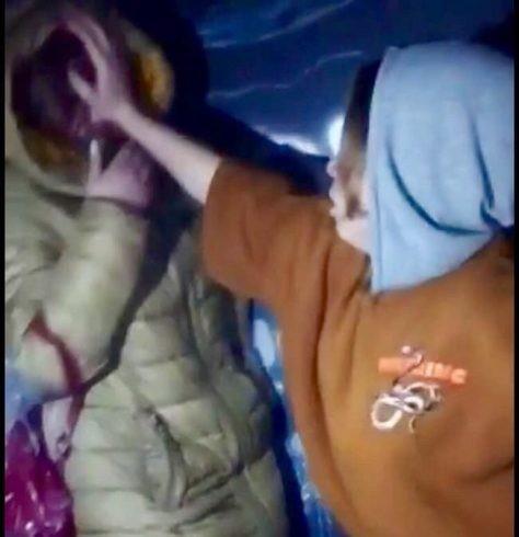 Сверстники обвинили школьницу в воровстве / скриншот