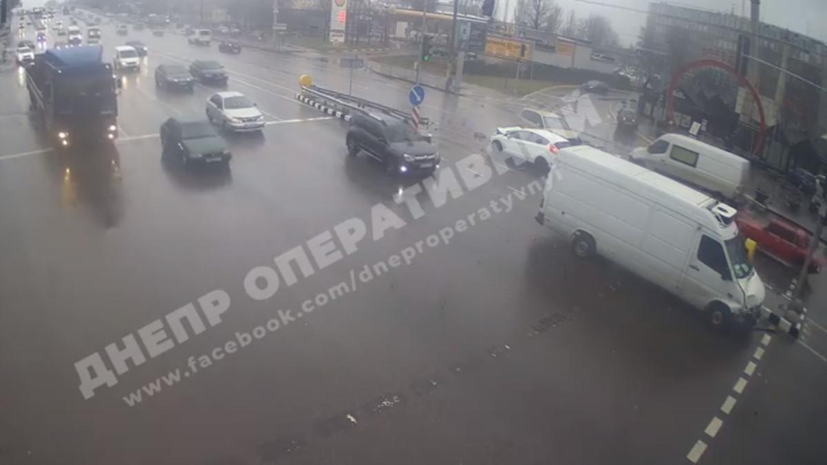 Постраждав пасажир ВАЗа / скріншот з відео
