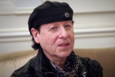Вокалист Scorpions спел в Киеве с уличным музыкантом (видео)
