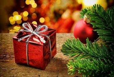 Праздник к нам приходит: лучшие идеи подарков на Новый год 2020