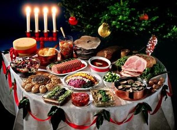 Дієтолог пояснила, як не погладшати після новорічного застілля / decoration.com
