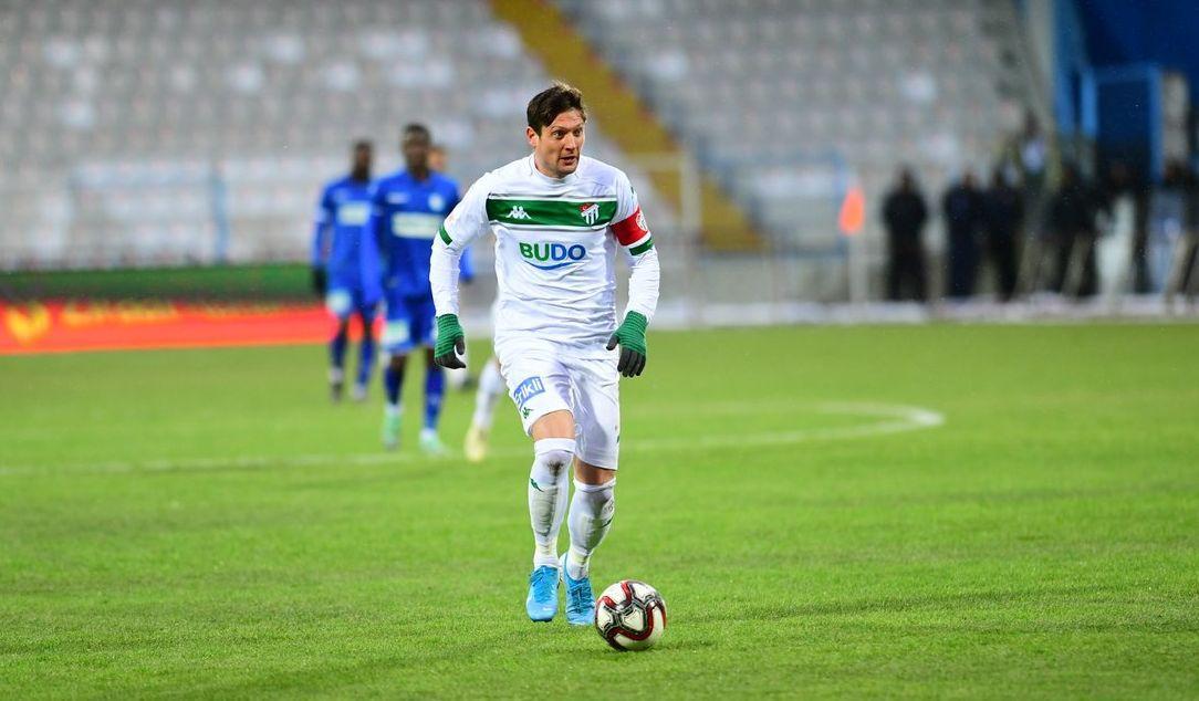 Евгений Селезнев отыграл весь матч / фото: twitter.com/bursacom16