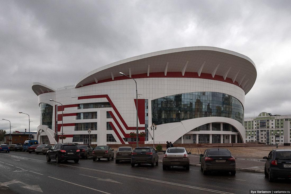 """""""Саранск-Арена"""" признана самым уродливым зданием России / varlamov.ru"""