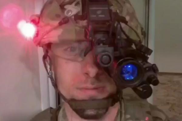 1 декабря Дмитрий Каплунов подорвался на вражеской мине во время выполнения боевого задания / Скриншот
