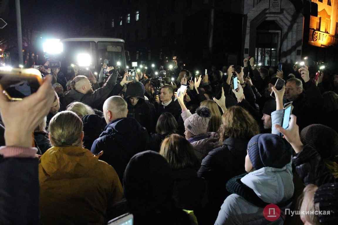 """В акції беруть участь кілька сотень людей / фото: """"Пушкінська"""""""