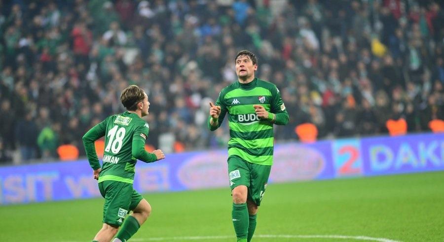 Селезнев забил пятый гол в сезоне / фото: bursaspor.org.tr