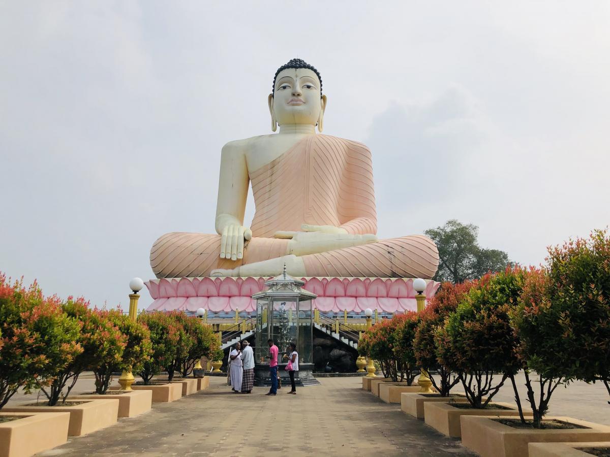 Вход в храм Большого Будды / Фото Вероника Кордон