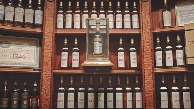 Винокурня Macallan широко представлена в колекції \ WHISKY AUCTIONEER