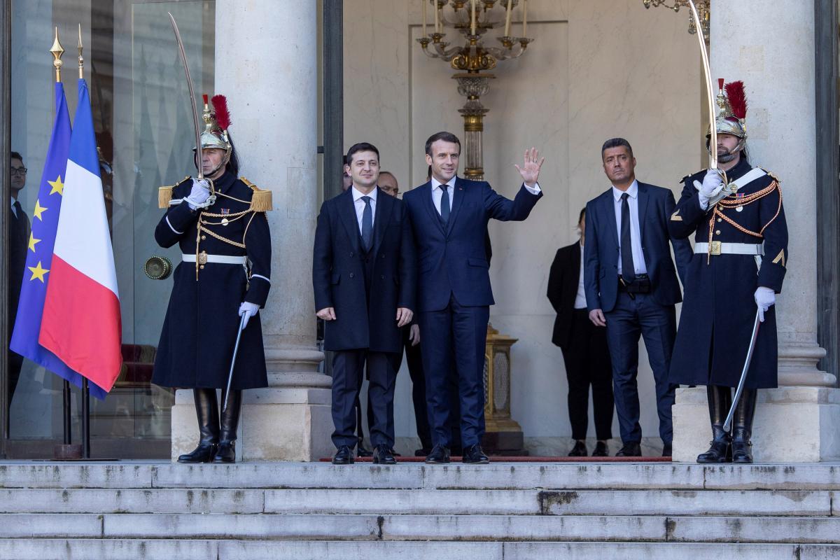 Зеленский и Макрон в Париже / REUTERS