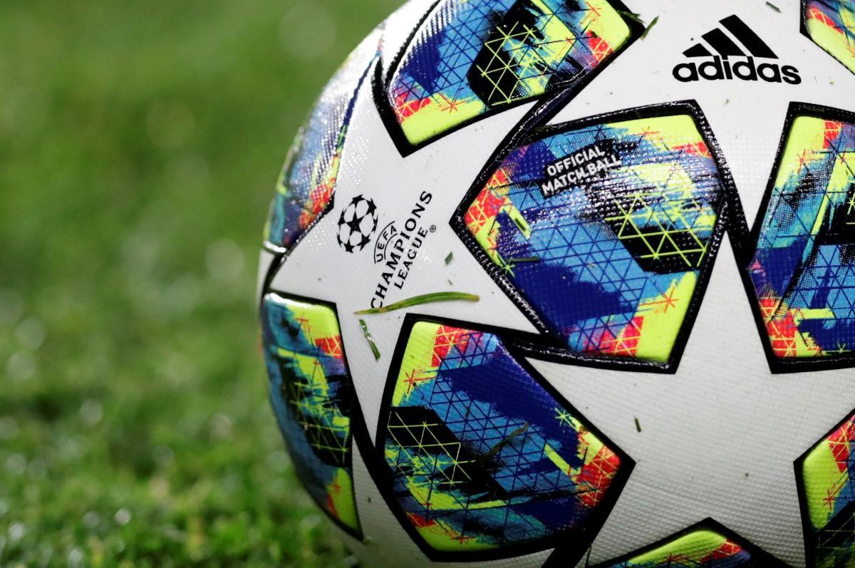 Мяч Лиги чемпионов / REUTERS