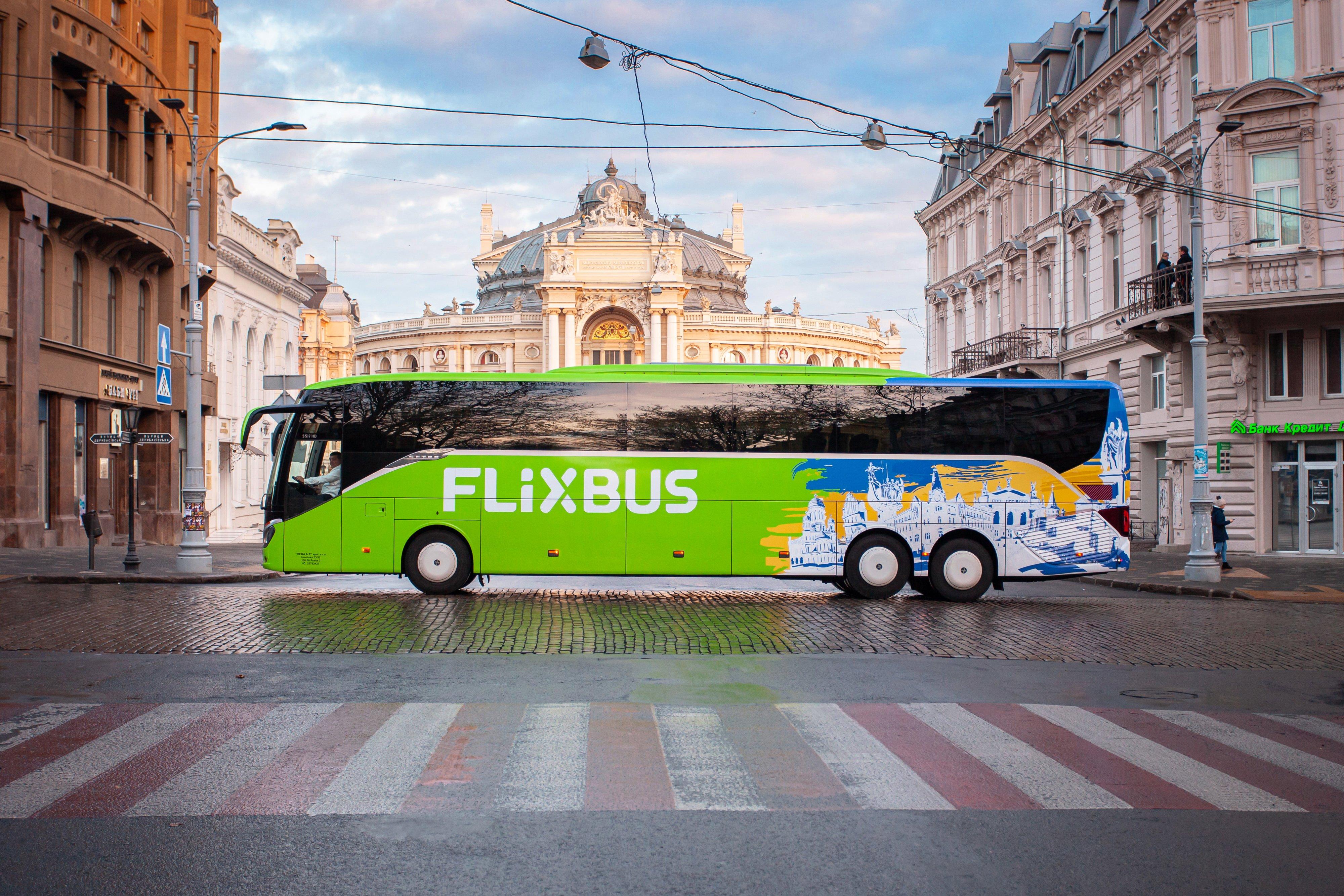 Первый автобус FlixBus уехал из Одессы / twitter.com/FlixbusUA