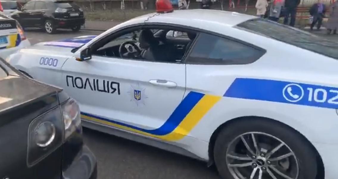 В Києві затримали фейковий поліцейський патруль / Facebook, Патрульна поліція Києва