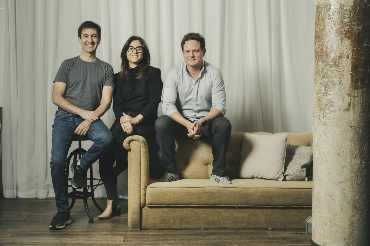 Скотт Галит, CEO Payoneer; Керен Леви, COO Payoneer; Дэниел Смедс, основатель и CEO optile