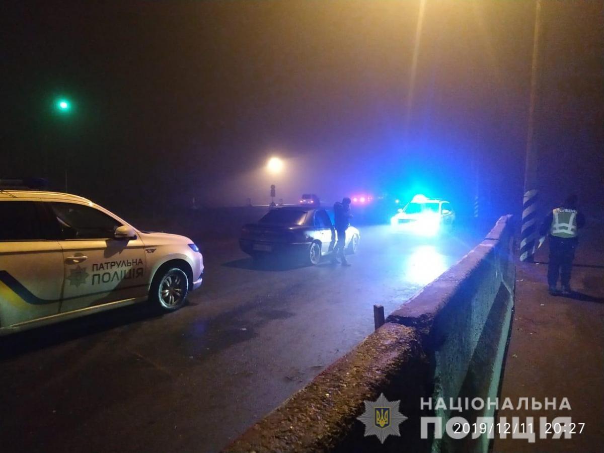 Под Киевом женщина напала на полицейского / Фото: Нацполіція