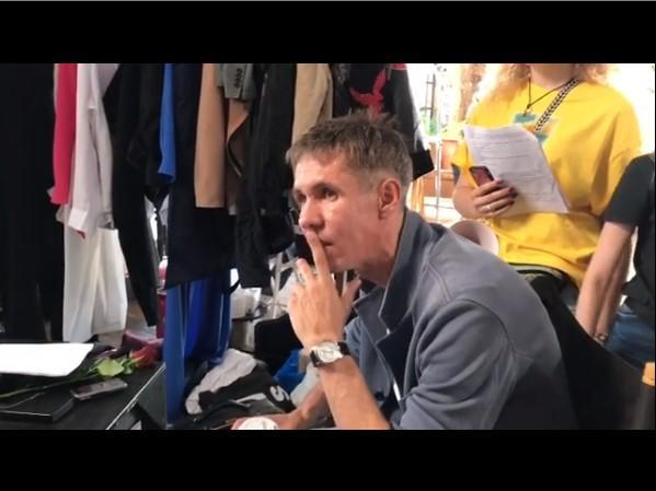Актер Алексей Панин во время работы над фильмом/ скриншот из видео