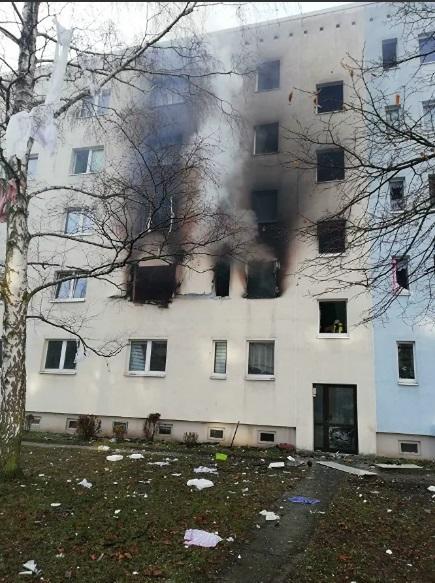 В результате взрыва один человек погиб, 25 - получили травмы / Фото : Polizei Magdeburg