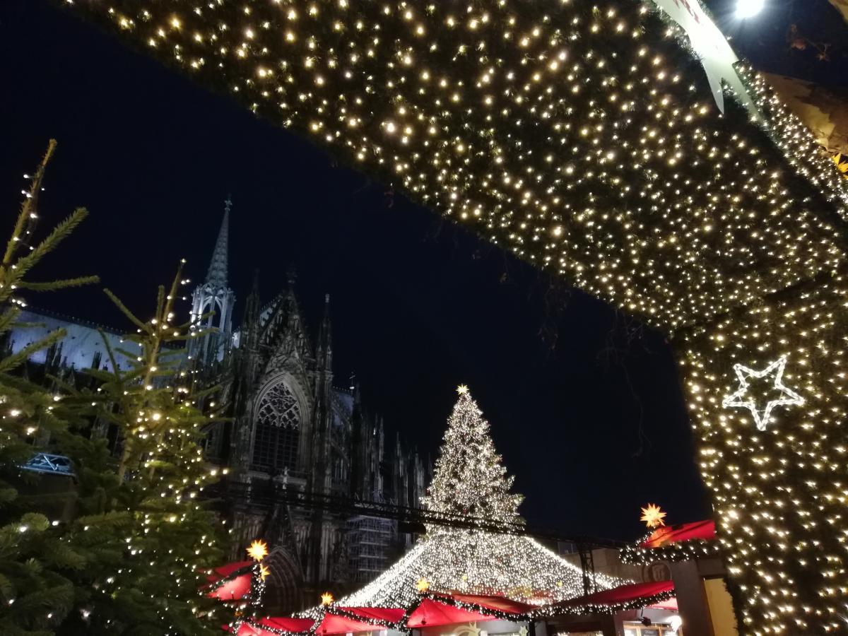 Готуватися до європейського Різдва краще заздалегідь / Фото Марина Григоренко