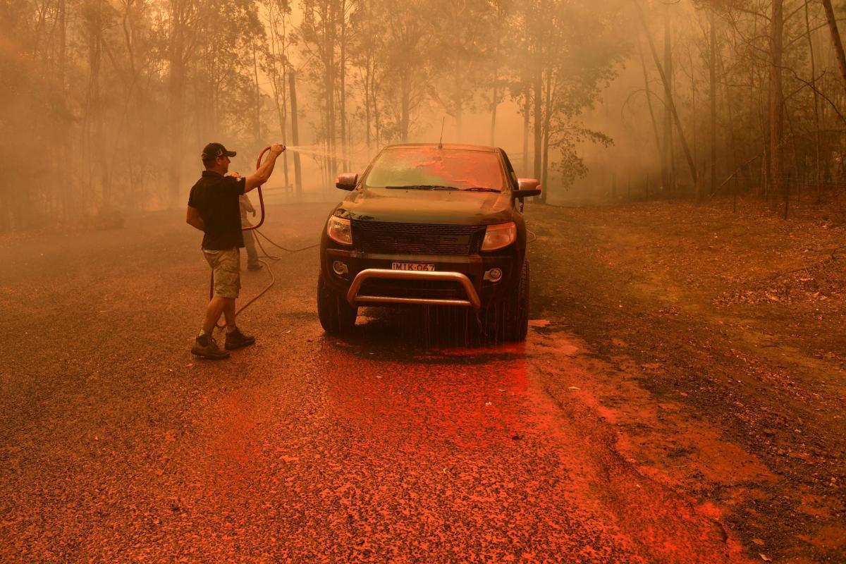 Лесной пожар в Австралии / REUTERS