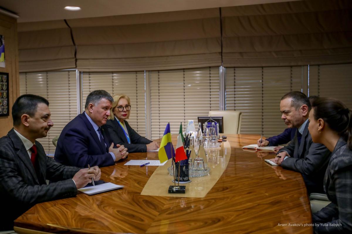 Аваков и Денисова встретились с послом Италии / фото mvs.gov.ua