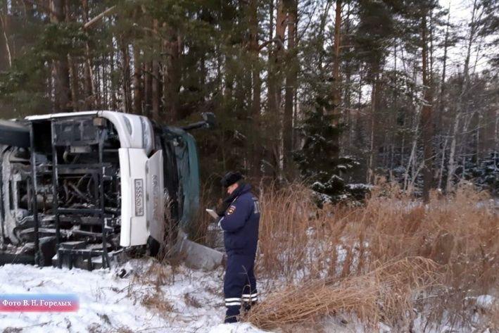Фото з місця аварії / фото E1.ru