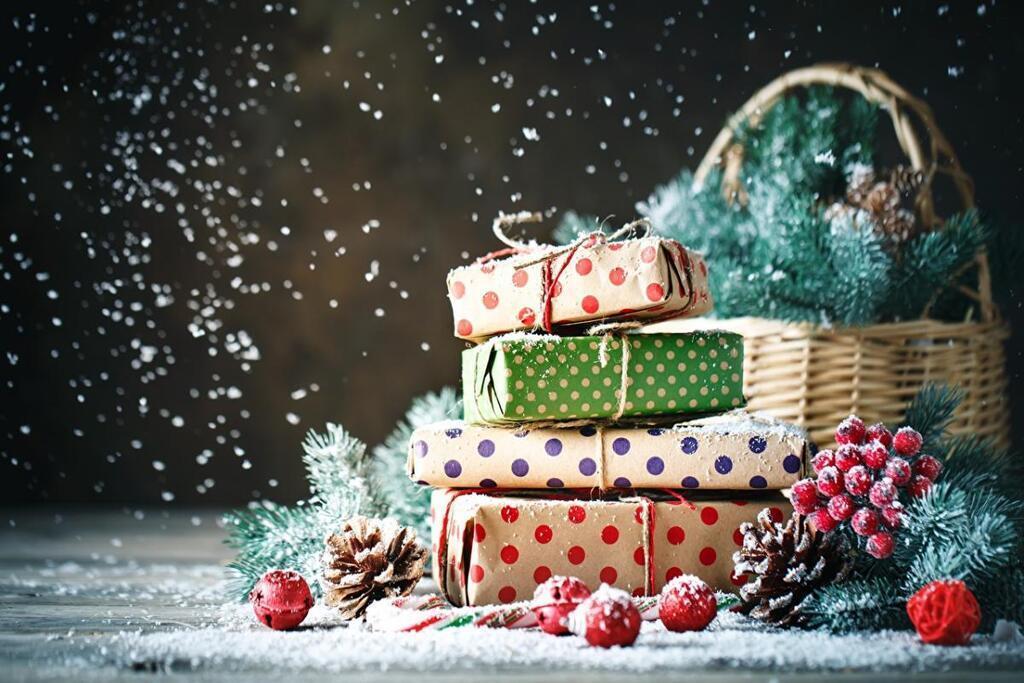 Подарки на святого Николая для детей / фото: besthqwallpapers.com