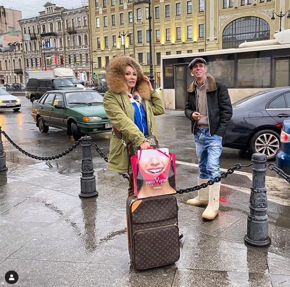 Актер Алексей Панин в Санкт-Петербурге / скриншот