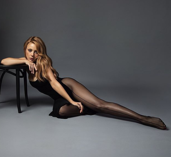 Кароль показала свои прелести / instagram.com/tina_karol