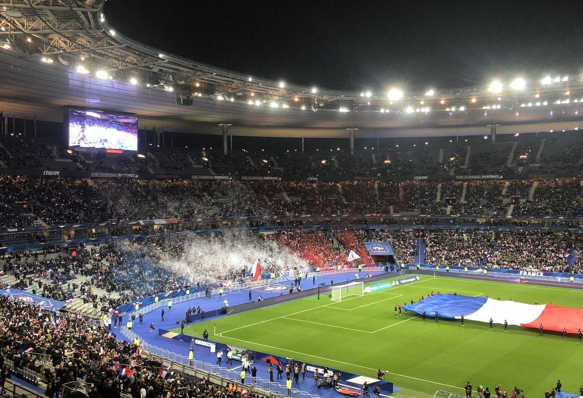 Стад де Франс может принять 80 тысяч болельщиков / фото: twitter.com/StadeFrance