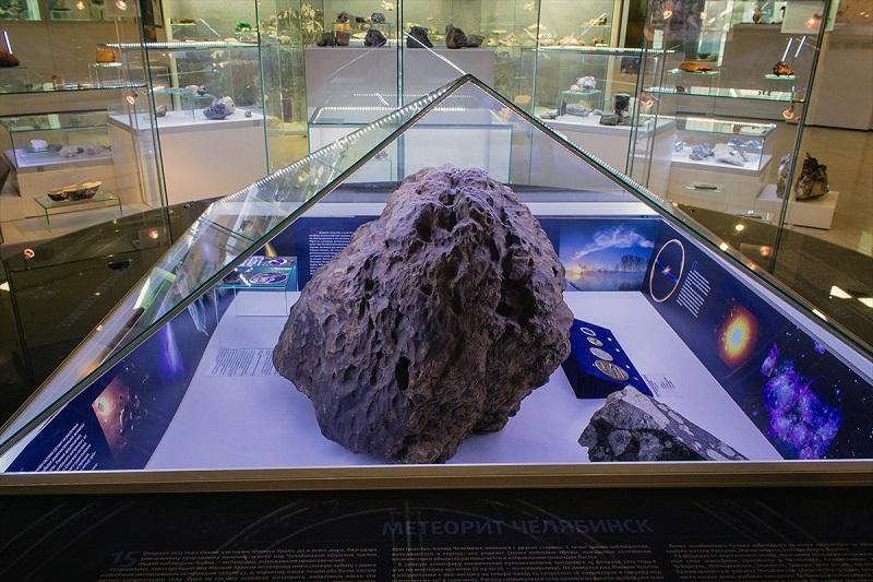 В метеорите Альенде обнаружили кусочки межзвездного материала, образовавшегося до рождения Солнца / fotokto.ru