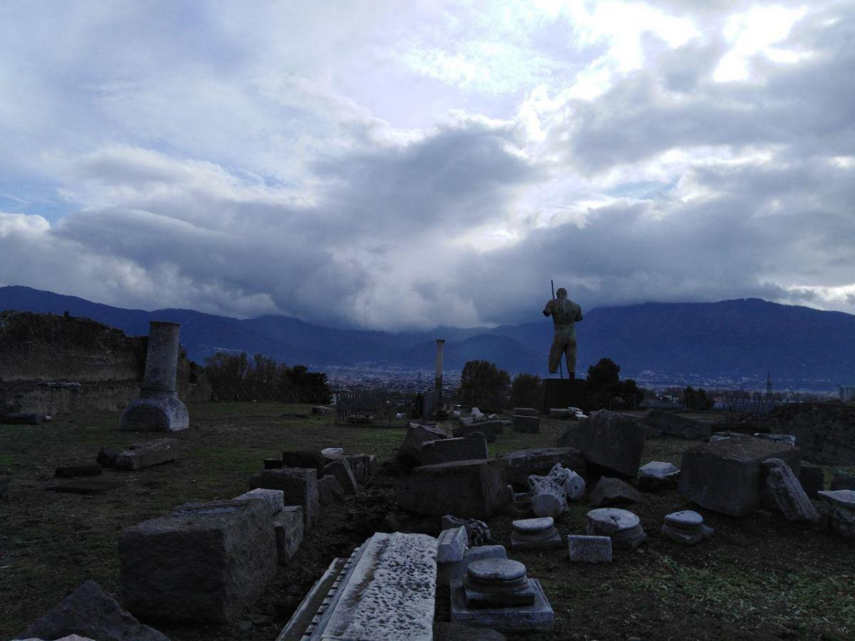 Руины древнего города / фото: Ольга Броскова
