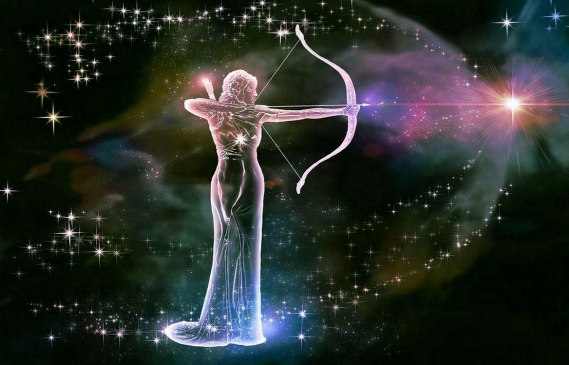 Белая полоса в июле наступает и для знака зодиака Стрелец/ astrozodiac.net