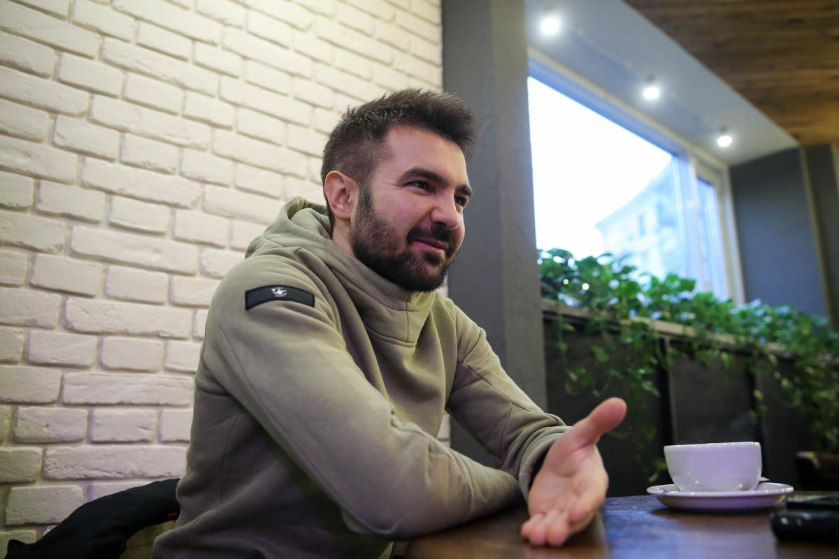 Только недавно в Украину начали привозить интересные чаи, и стал вопрос, как рассказать и показать их людям / Фото УНИАН
