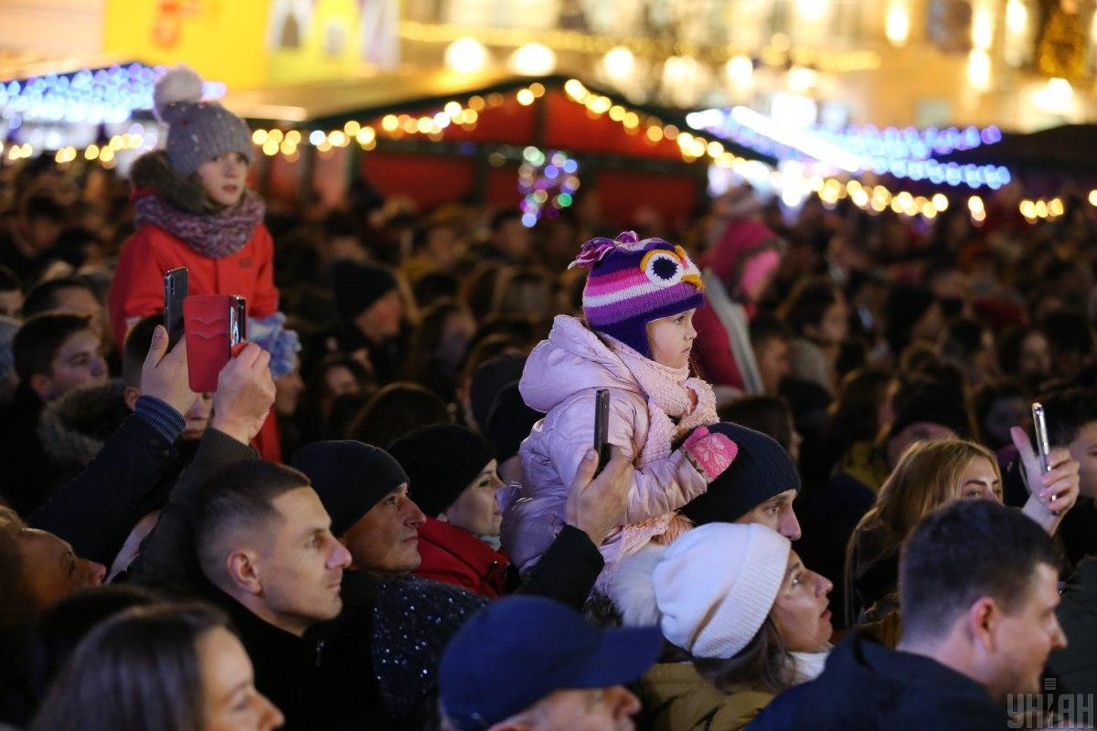 Полиция может ограничить вход на Софиевскую площадь на новогодние праздники / фото УНИАН