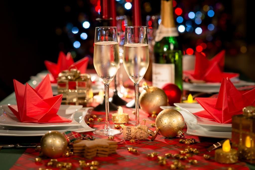 Харчування на Новий рік / фото shutterstock