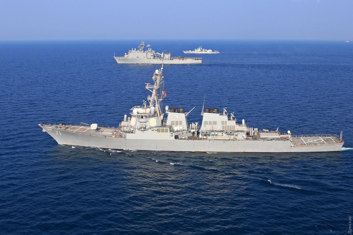 On Dec 24, USS Ross arrived at the Odesa port / Dumskaya