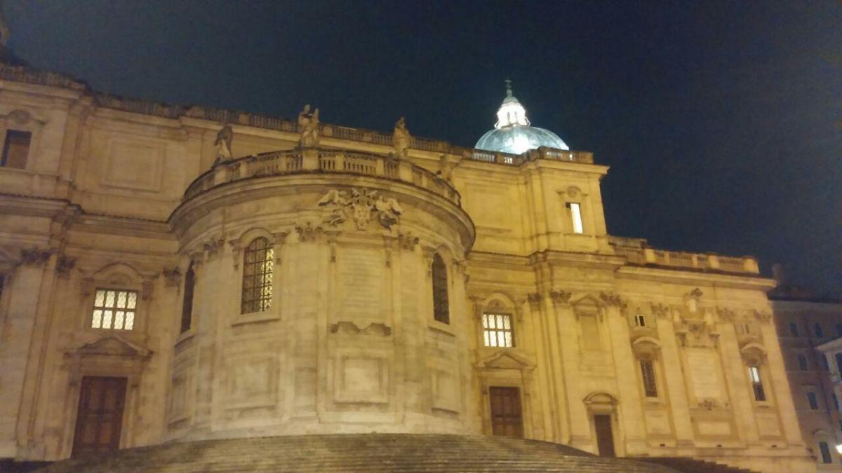Базилика Санта Мария Маджоре вечером / фото: Ольга Броскова