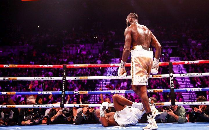 Деонтей Уайлдер нокаутировал Луиса Ортиса / фото: boxingscene.com