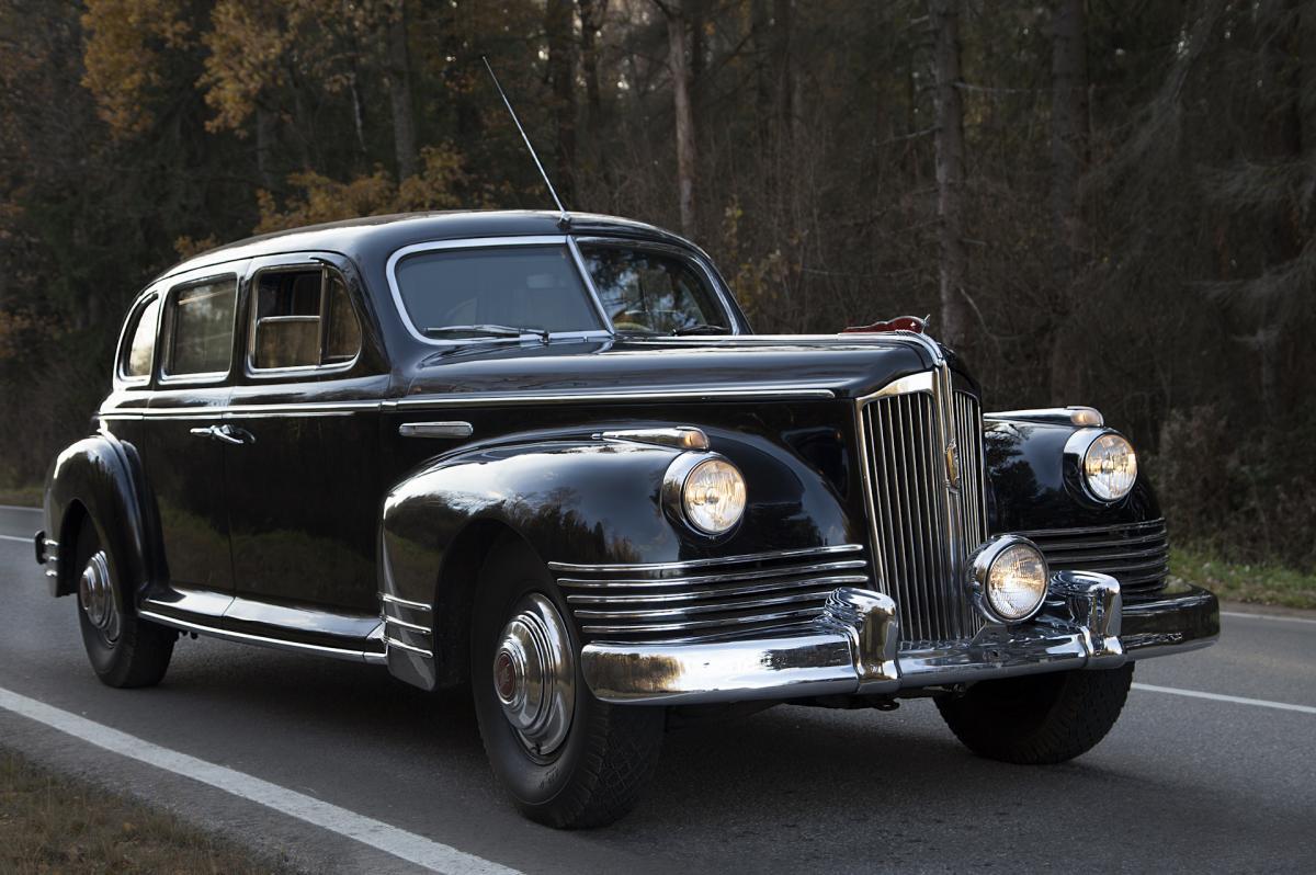 Автомобіль належить начальнику служби безпеки українського олігарха Руслана Тарпана / drive2.ru