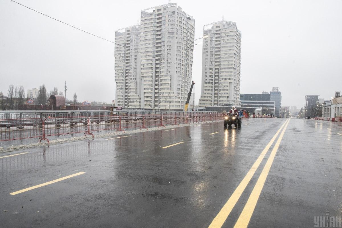 Реконструкция Шулявского моста снова подорожает / фото УНИАН