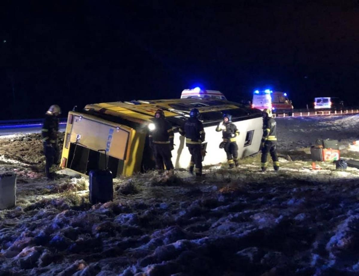В Эстонии попал в аварию забитый людьми автобус / err.ee,Nadine Martee