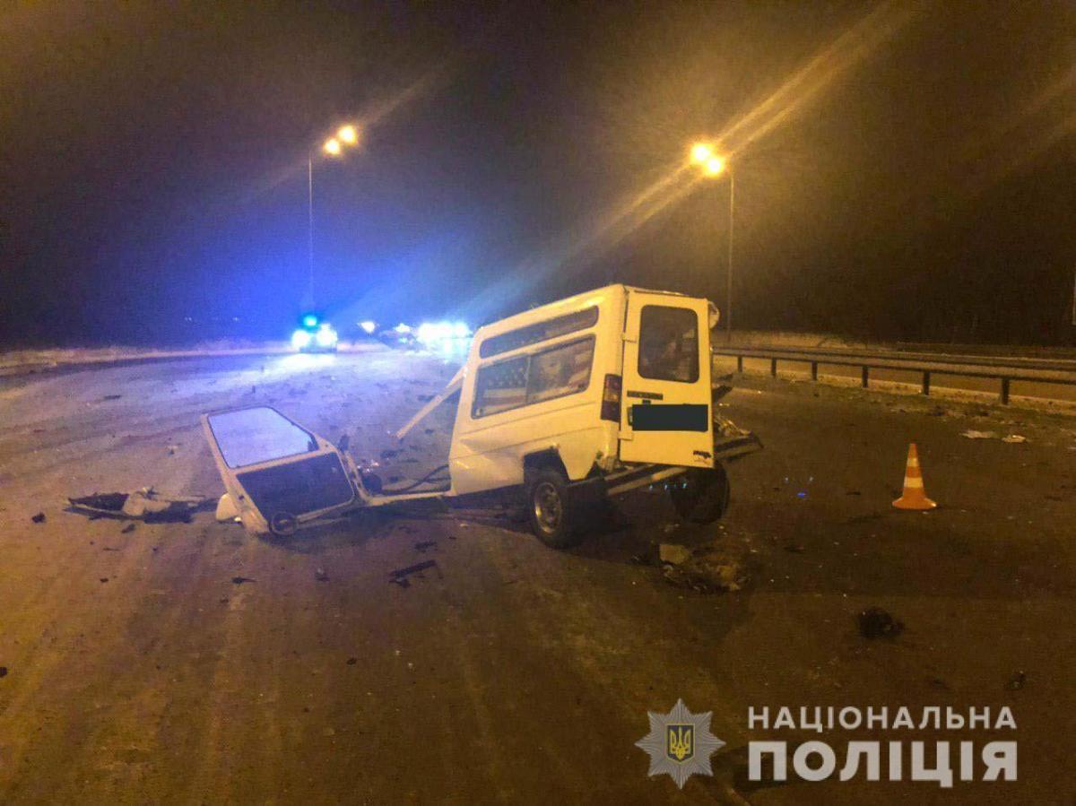В Ривненской области водитель протаранил два авто / фото пресс-служба Главного управления Нацполиции в Ривненской области