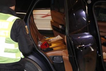 Куля влучила в голову: ЗМІ повідомили нові подробиці обстрілу Range Rover з дитиною в Києві